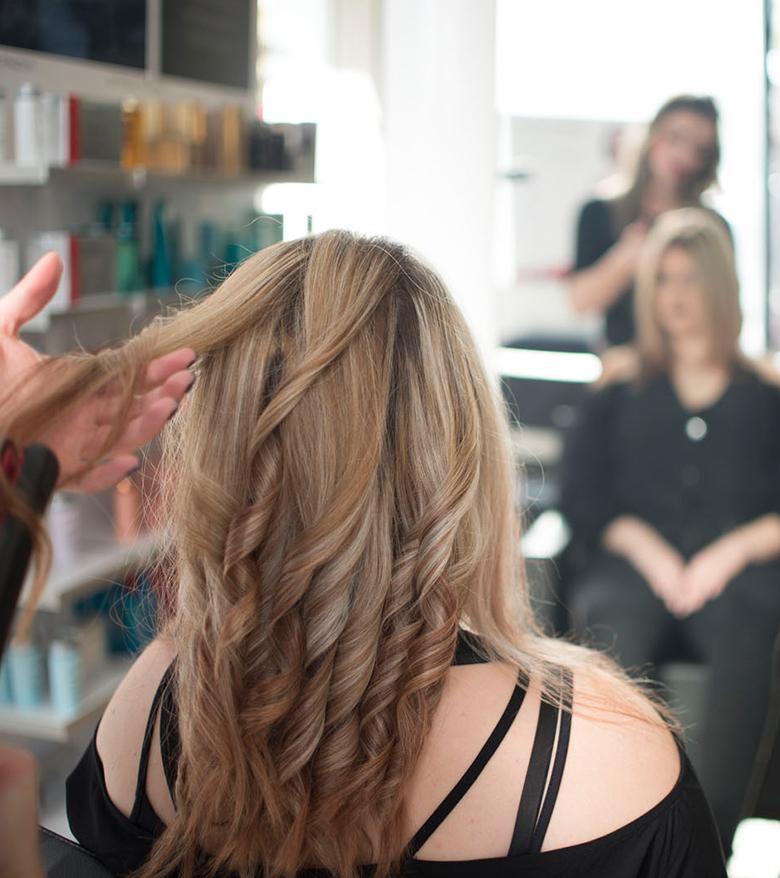 Extensions sta kommotiria Touch Hair Sallon Larisa