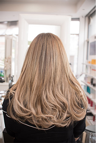 Extensions στα Touch Hair Salloon Λάρισα