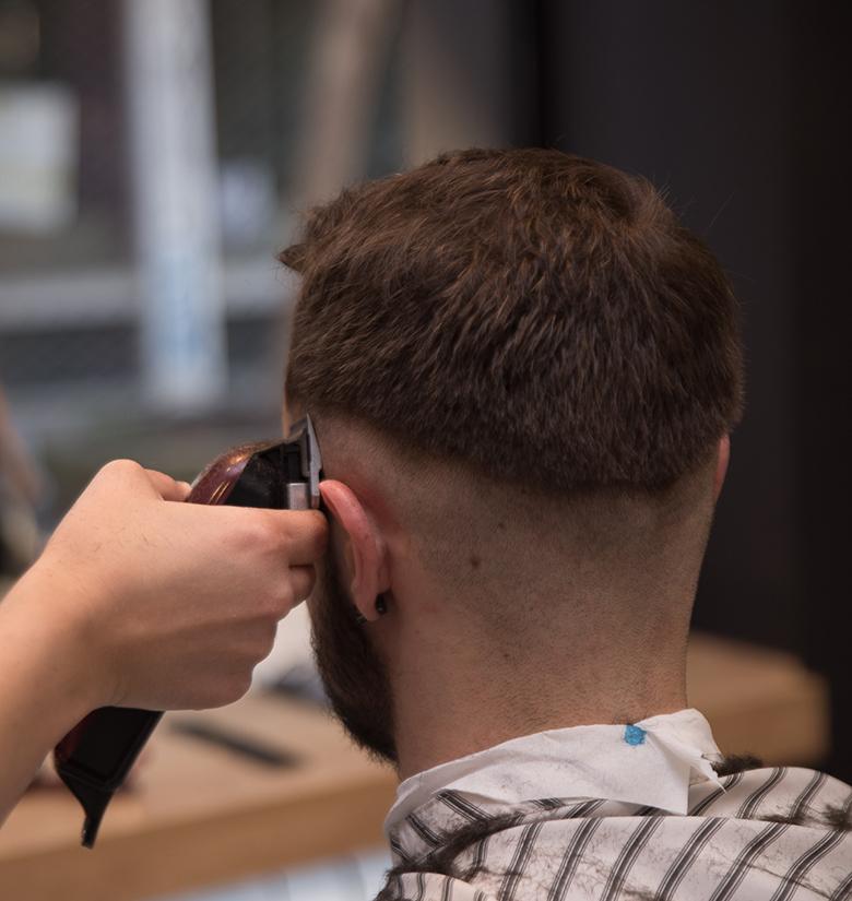 Barber Antrika Kouremata Touch Hair Salloon Larisa